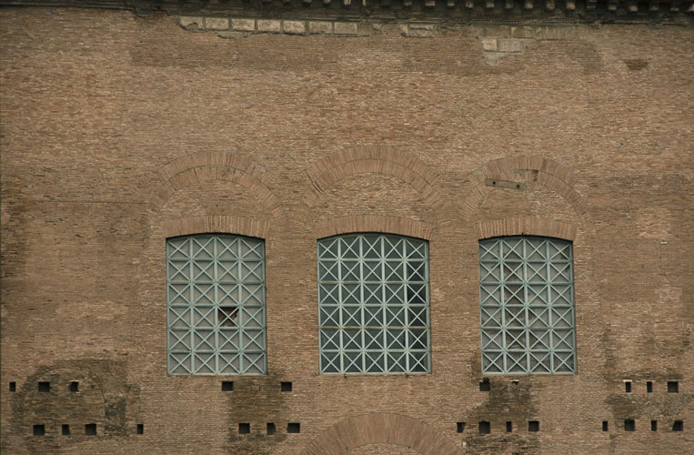 3 Windows, Rome Italy